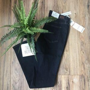 Lauren Ralph Lauren Slimming Straight Leg Jeans 6
